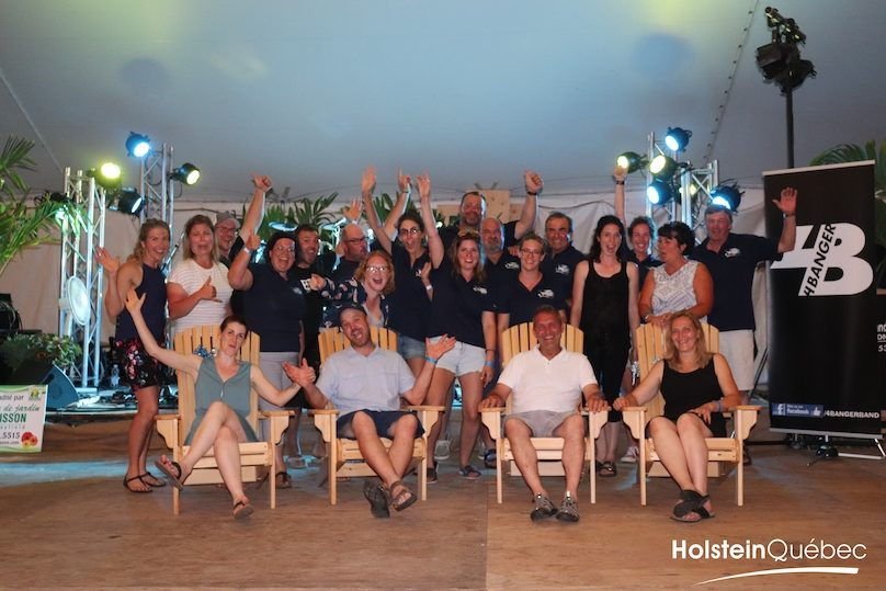 membres du comite organisateur 75e pique-nique Holstein Quebec a Dundee photo via Coop