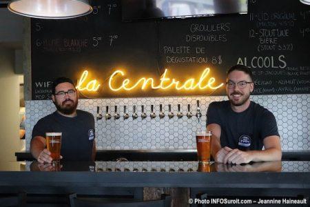 promoteurs microbrasserie la Centrale a Beauharnois aout2019 photo JHaineault INFOSuroit