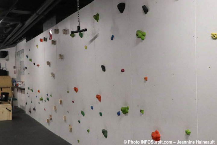 salle multifonctionnelle entrainement gym Cite des Arts et des Sports photo JH INFOSuroit