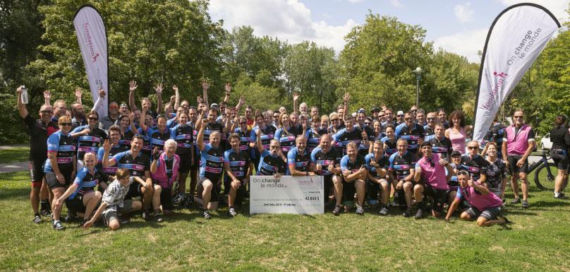 cycliste-defi-velo-2019-cheque-credit-dominic-lafleur-via-fondation-hopital-suroit