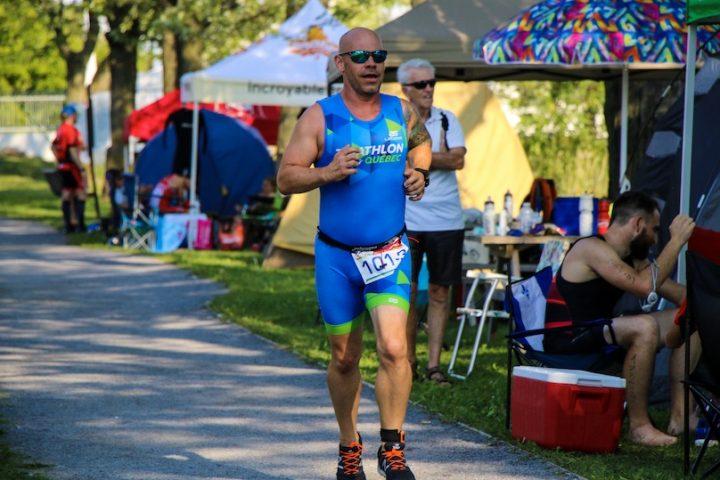 defi 12 heures triathlon Quebec porte-parole humoriste Maxim_martin photo courtoisie TQ