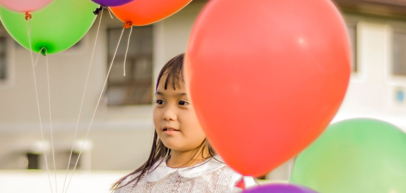 photo-fete-enfant-ballons-via-pexels