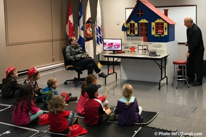 portes ouvertes caserne pompiers Valleyfield enfants photo INFOSuroit