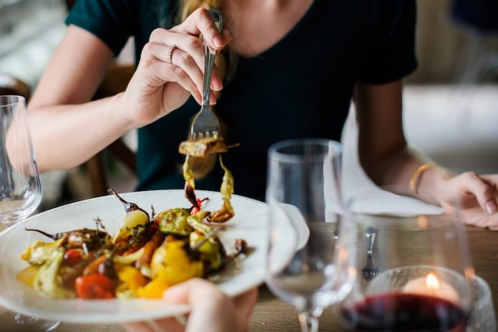 restaurant cuisine italienne photo Rawpixel via Pixabay et INFOSuroit
