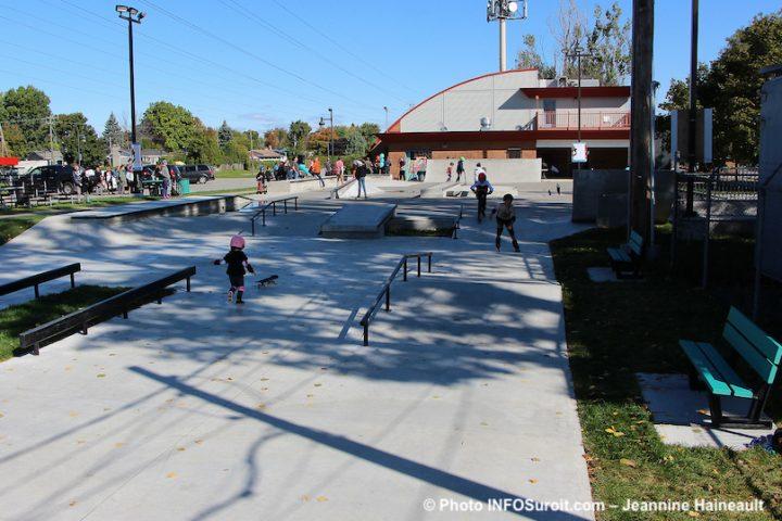 vue globale nouveau skatepark Chateauguay derriere Maison des jeunes photo JH INFOSuroit