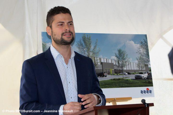 Miguel_Lemieux maire Salaberry-de-Valleyfield annonce OK Pneus oct2019 photo JH INFOSuroit