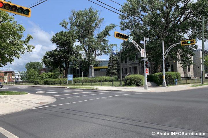 centre-ville valleyfield angle rues Salaberry et Jacques-Cartier Palais de justice photo INFOSuroit