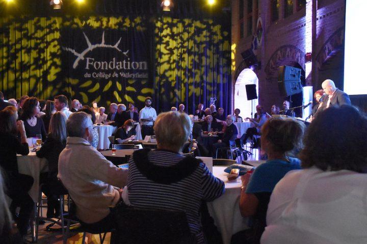evenement Vins et causerie 2017 Fondation College de Valleyfield photo courtoisie ColVal