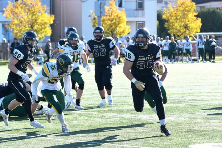 football Noir et Or contre Condors 19oct2019 photo via College Vallleyfield