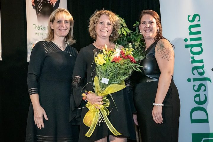 gala agricultrices 2019 NBernard de Desjardins laureate Chantal_VanWinden et ALeblanc pres AMO