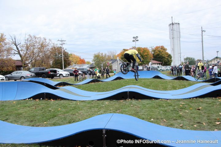 nouveau pumptrack a Mercier au parc Loiselle demonstration oct2019 photo JH INFOSuroit