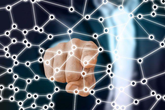 economie sociale maillon important de la communaute visuel Geralt via Pixabay et INFOSuroit