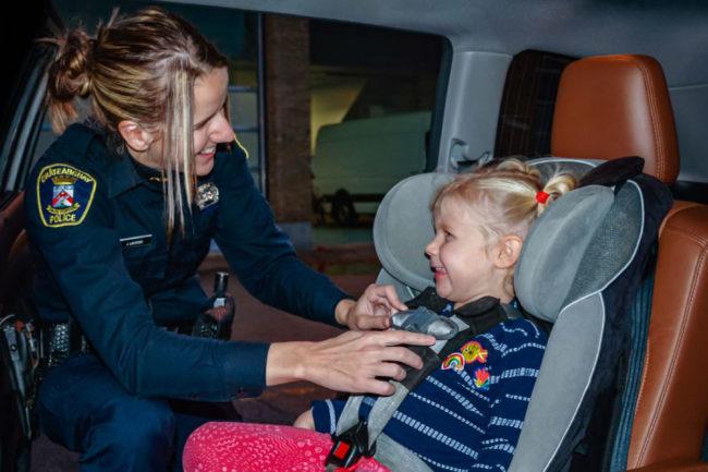 verification-siege-auto-enfants-police-chateauguay-photo-via-chateauguay