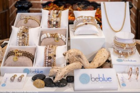bijoux boutique Alena_Kirby Vaudreuil-Dorion photo Facebook Alena Kirby via ExploreVS