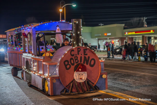 defile-de-Noel-2019-Chateauguay-train-CPE-Bobino-photo-Robert_Robidoux-INFOSuroit