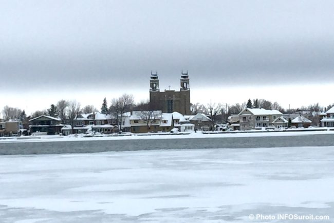 eglise Immaculee-Conception de Bellerive a Valleyfield decembre hiver baie du lac St-Francois photo INFOSuroit