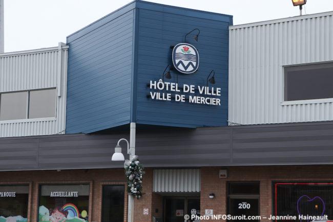 hotel de ville Mercier dec2019 photo Jeannine_Haineault INFOSuroit