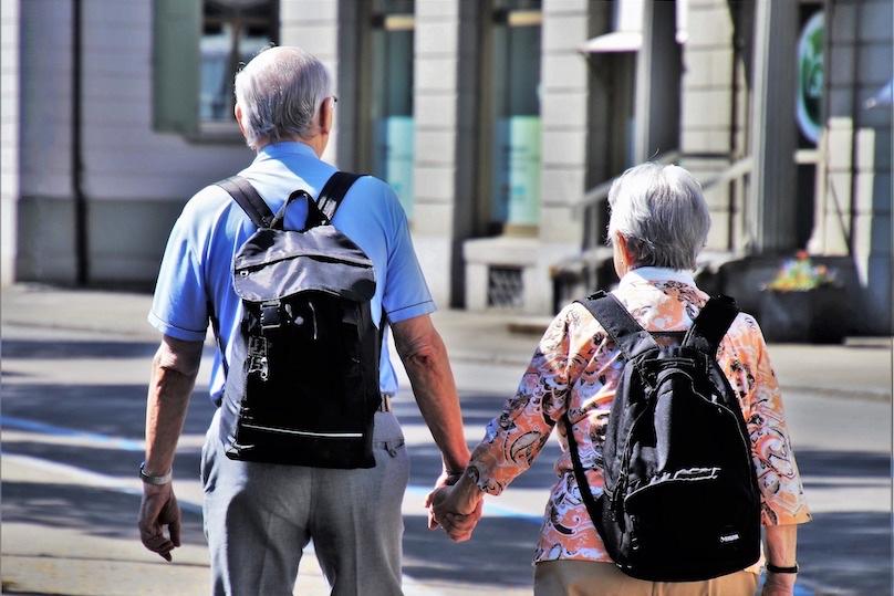 personnes agees vieillesse photo pasja1000 via Pixabay et INFOSuroit
