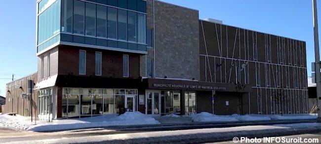 pole civique de la MRC Vaudreuil-Soulanges bureau DEVVS hiver photo INFOSuroit