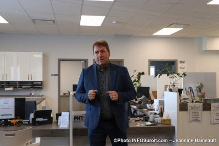 Serge_Bernier caisse populaire Desjardins Beauharnois ouverture coop fev20 photo JH INFOSuroit
