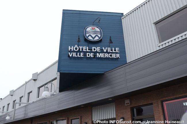 enseigne Hotel de Ville Mercier dec2019 photo JHaineault INFOSuroit