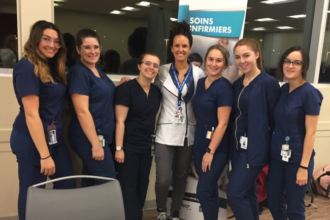 etudiantes soins infirmiers Cegep de Valleyfield Clinique vaccination 2019 photo ColVal