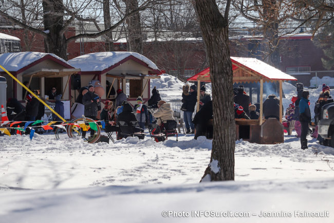 hiver La_Grosse_Bordee 2020 Chateauguay kiosquea alimentaires photo JH INFOSuroit