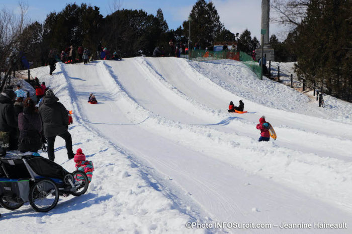 hiver-buttes-a-glisser-parc-Sauve-neige-glissade-familles-mega-fete-Valleyfield-photo-JH-INFOSuroit